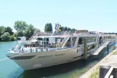 #388アマデウス・プロヴァンス船体